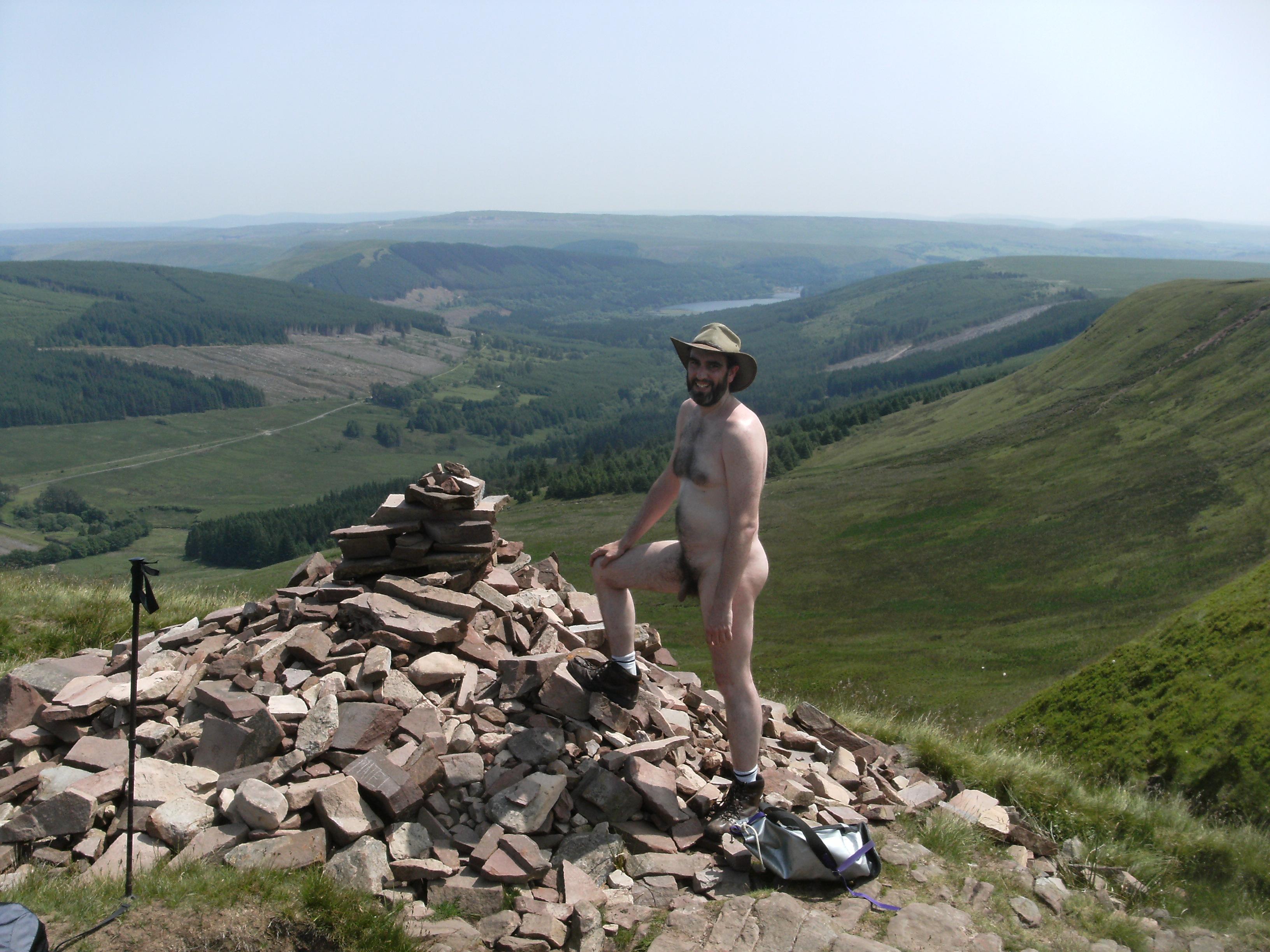 Naked Hiking  Naked Historia-9707